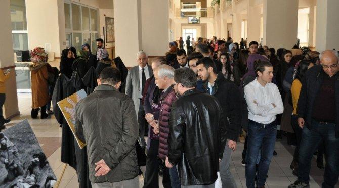 AKEF'te Hocalı Katliamı konulu fotoğraf sergisi açıldı