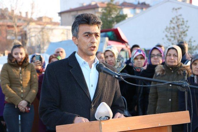 Niğde bugün Afrin'de moral kampanyasında 2 tır Mehmetçiğe gitti