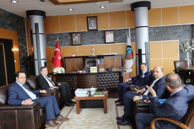 Muhasebeciler Başkan Alemdar'ı ziyaret etti