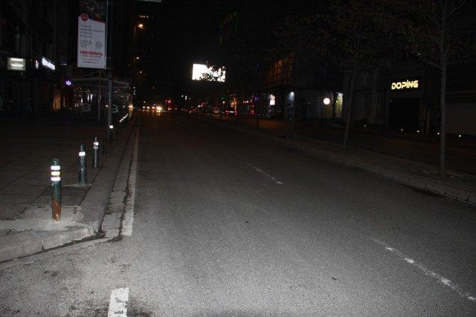 Şişli'de şüpheli paket alarmı: cadde trafiğe kapatıldı