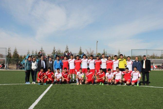 Yazıhan'da futbol turnuvası