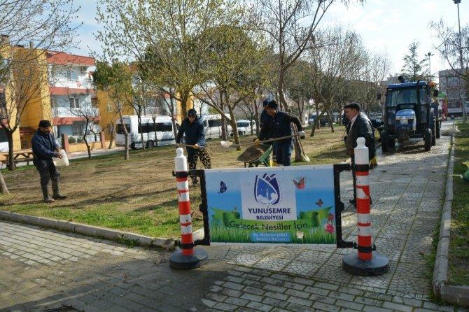 Yunusemre'de park ve bahçeler düzenleniyor