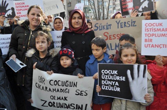 AK Parti Tepebaşı Gençlik Kolları yönetici ve üyeleri çocuk istismarına 'Dur' dedi