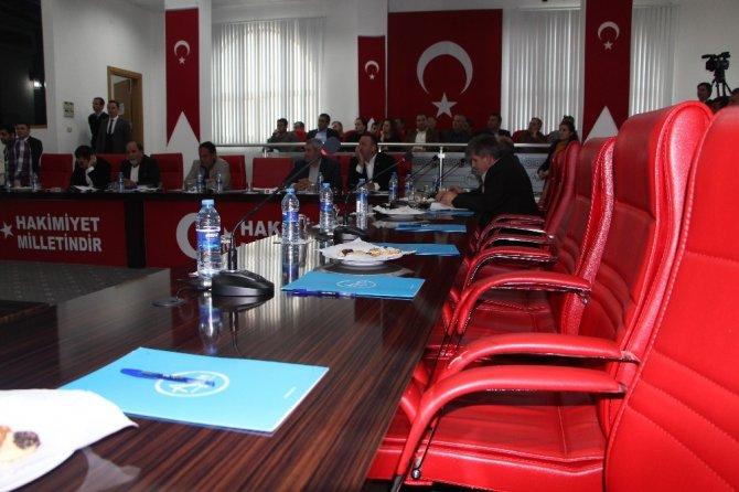 Meclis koltukları ikinci kez boş kaldı