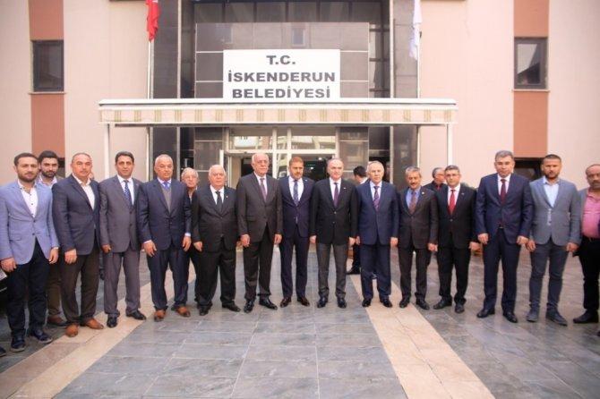 Bakan Özlü'den Başkan Seyfi Dingil'e ziyaret