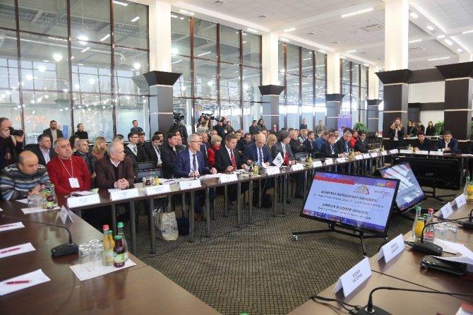 Türkiye ile Ukrayna arasında ikili ticari görüşmeler yapıldı