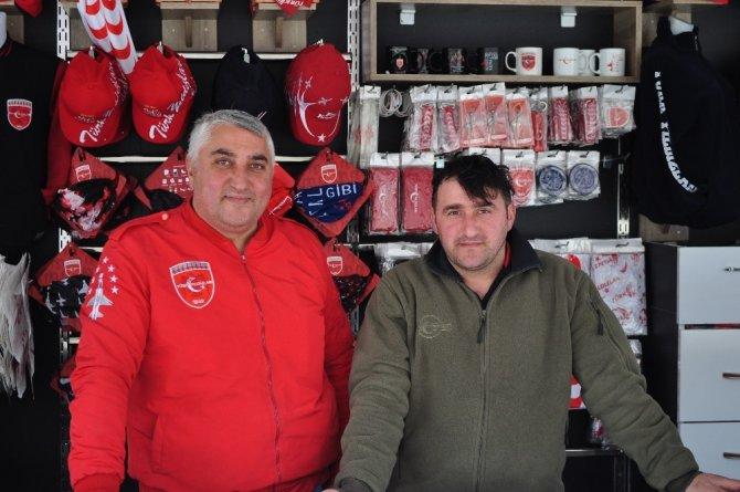 Türk Yıldızları ürün satış tırı Eskişehir'de