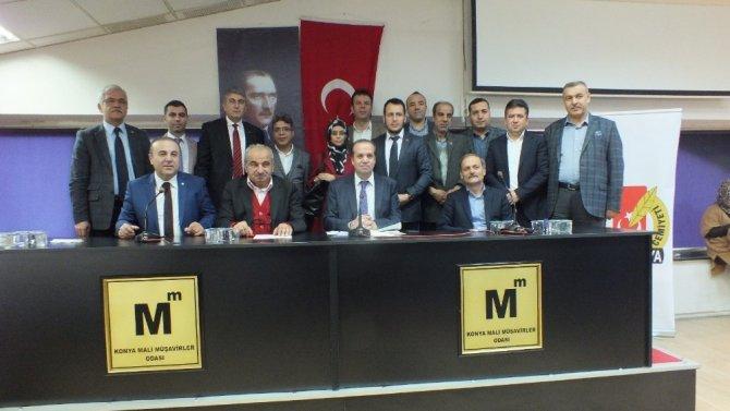 Konya Gazeteciler Cemiyetinde Başkan Özdemir güven tazeledi