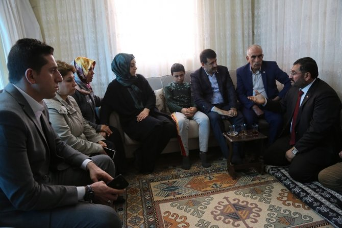 Mehmet Ekinci ev ziyaretlerine devam ediyor