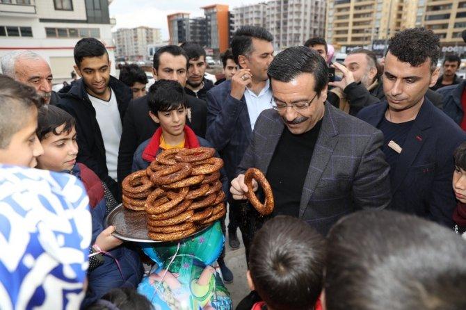 Başkan Atilla vatandaşlarla buluşmaya devam ediyor