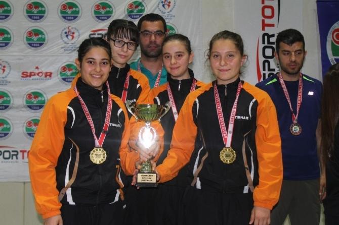 Kocasinan'ın yıldızları Türkiye şampiyonu oldu