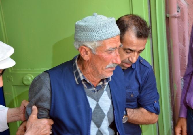 Adana'da park kavgasında ölenlerin cenazesini aileleri aldı