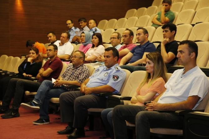 Belediye personeline Mal bildirimi semineri