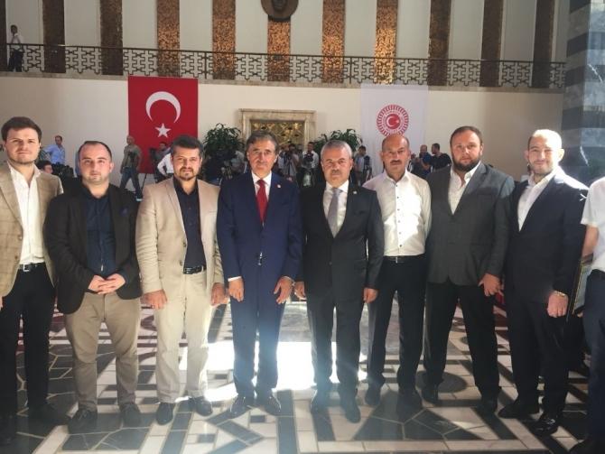 AK Partili vekiller TBMM'de  kayıtlarını yaptılar