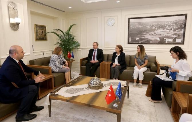 Fatma Şahin, AB Türkiye Delegasyon Başkanı Büyükelçi Berger'i ağırladı