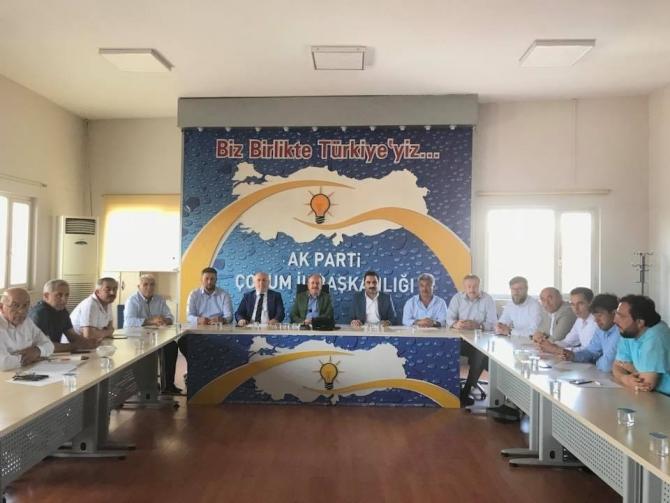 AK Parti teşkilatlarından seçim değerlendirme toplantısı