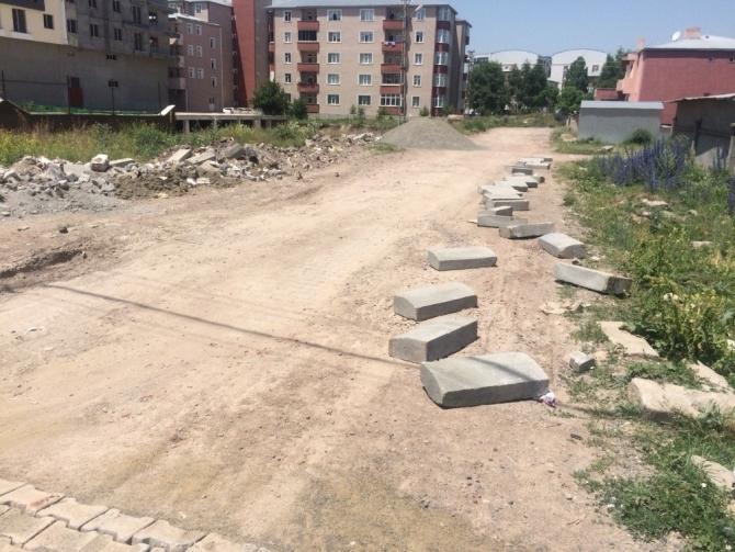 Kars Belediyesi yol çalışmalarını hızlandırdı