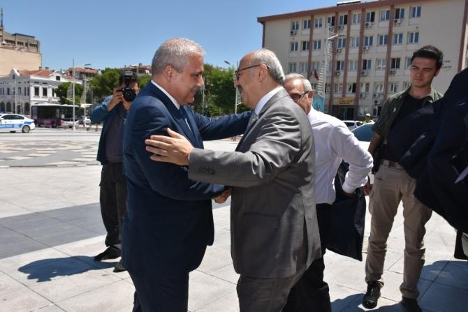 Aydın Valisi Yavuz Selim Köşger başkanlığındaki heyet Manisa'da