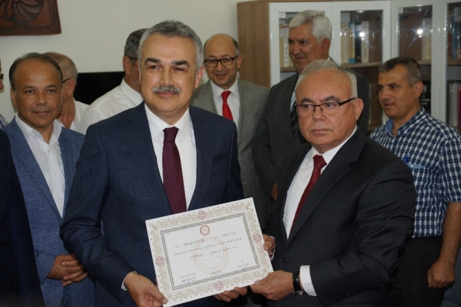Aydın'da AK Parti'li vekiller mazbatalarını aldı