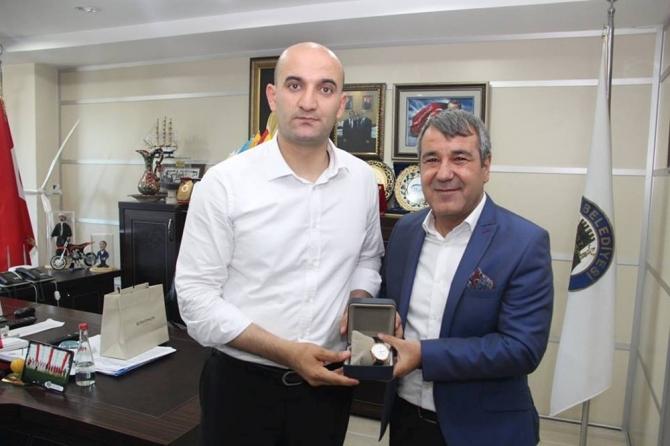 MHP Mersin milletvekillerinden teşekkür ziyaretleri