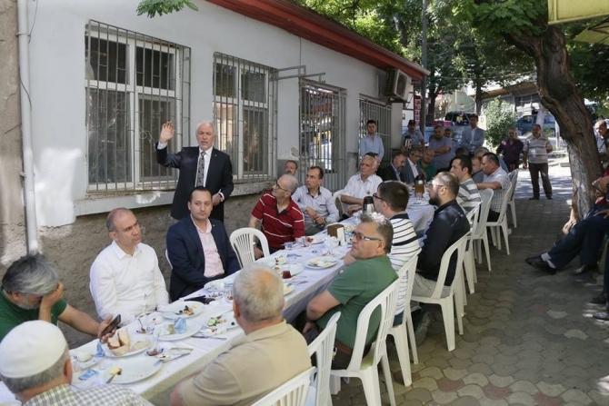 Başkan Saraçoğlu, Samanpazarı esnaflarıyla buluştu