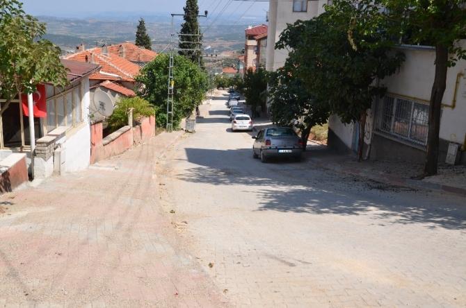 Cadde ve sokaklar yenileniyor