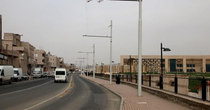 Trambüsler Eylül'de Şanlıurfa caddelerinde