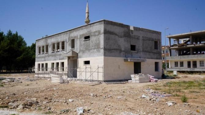 Yeşilyurt Mahallesi Taziye Evi inşaatı devam ediyor