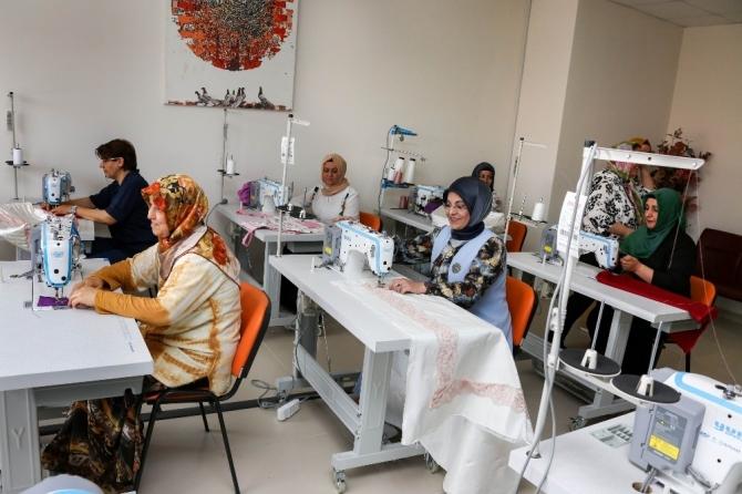 Başkan Toru'dan girişimci bayanlara tam destek