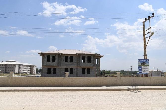Yeni Mahalle Bilgi Evi inşaatı hızla ilerliyor