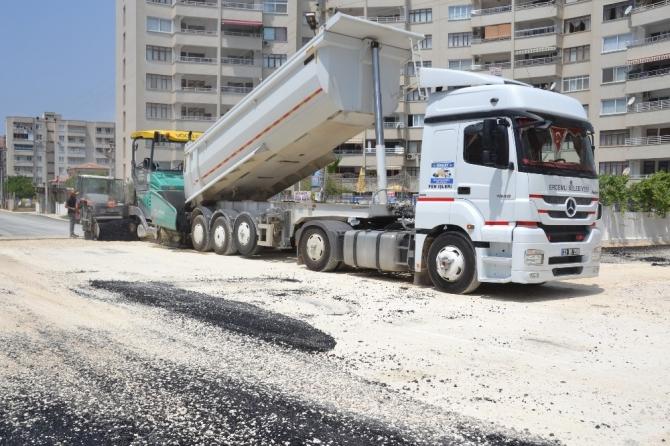 Erdemli asfalt çalışmaları devam ediyor