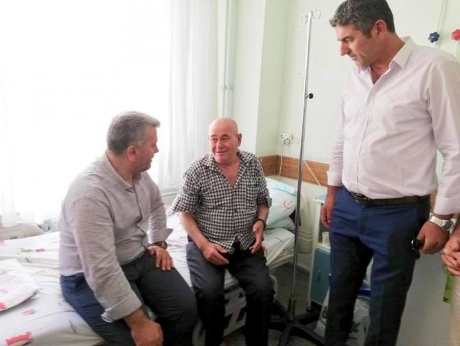 Canbey Burhaniye'de hastaları ziyaret etti