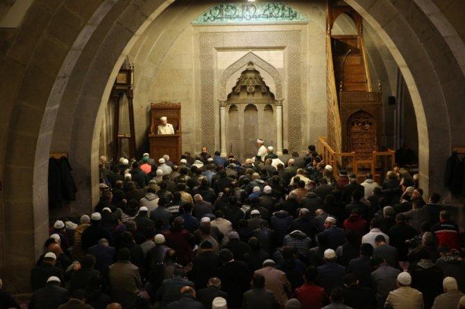 Cami cemaatine Sabah çorbası Melikgazi Belediyesinden