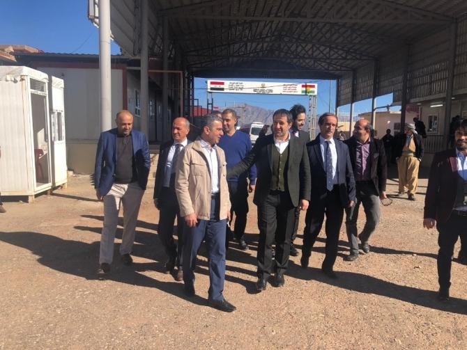 Başkan Gür, sınır kapısını ziyaret etti