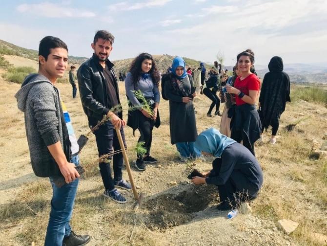 KYK Öğrencileri bin fidanı toprakla buluşturdu