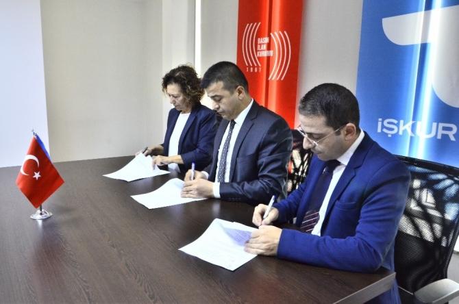 İŞKUR ve BİK, Adana'da Yeni Nesil Gazetecilik Eğitim ve İstihdam Protokolü imzaladı