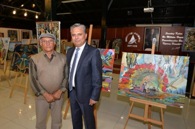 Başkan Uysal, Hasan Bağdaş'ın resim sergisini gezdi