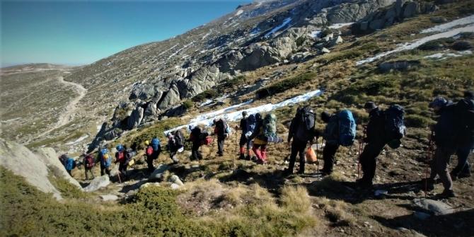 Dağcılardan vefa tırmanışında müthiş görüntüler ortaya çıktı