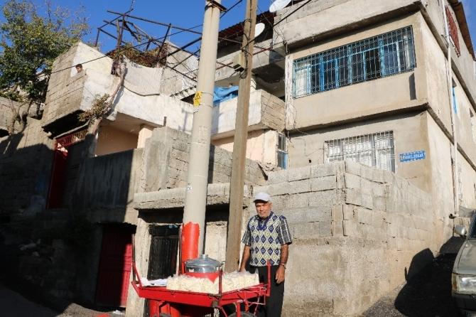 Haşlanmış nohut satarak 3 katlı ev yaptırdı, 6 çocuk büyüttü