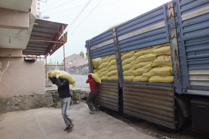 Malazgirtli çiftçilere 'sahte gübre' uyarısı