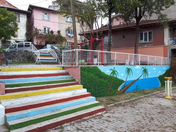 Renkli merdiven modası