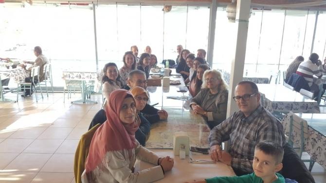 Lupus hastaları Kuşadası'nda bir araya geldi