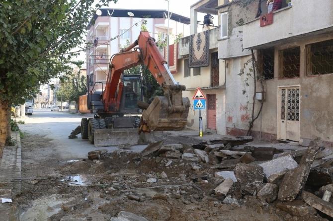 Turgutlu'nun 3 mahallesinde altyapı çalışması