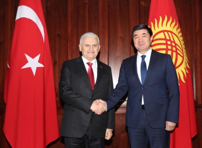 TBMM Başkanı Yıldırım, Kırgızistan Başbakanı Abulgaziyev ile görüştü