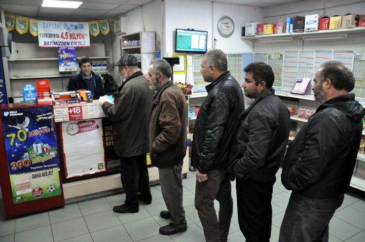 Ankara'da 5 kezbüyük ikramiye kazandıran bayiye yoğun ilgi var