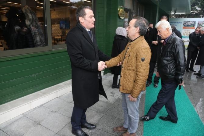 AK Parti Zeytinburnu Belediye Başkan Adayı Ömer Arısoy mahalle muhtarlarıyla buluştu