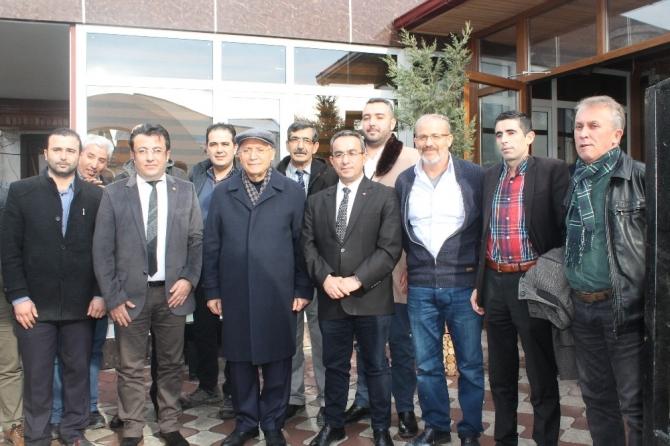 Yenimahalle Belediye Başkanı Yaşar yerel medya mensuplarıyla bir araya geldi