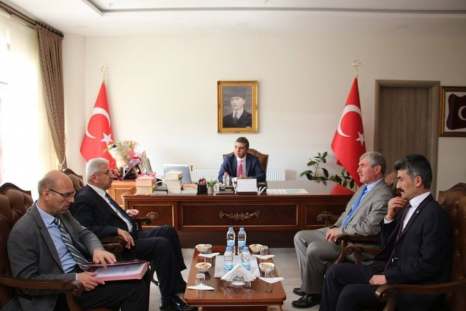 Belediye Başkanı Necmettin Taşçı, Kaymakam Şenol Turan'ı ziyaret etti