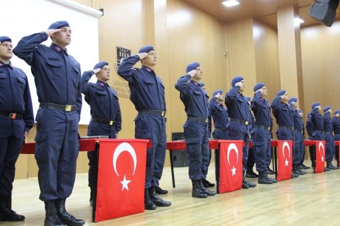 Karaman'da kısa dönem askerler için yemin töreni düzenlendi