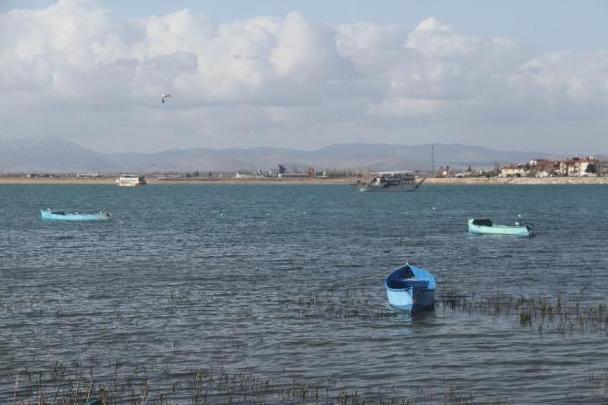 Beyşehir Gölü'nde yatlar turlara başladı